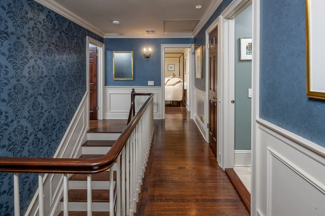 Upstairs Foyer Ideas : Ballantine road upstairs hallway from bedroom