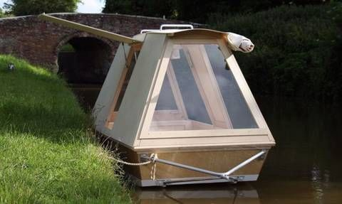 A micro houseboat that you can tow with your bike : TreeHugger