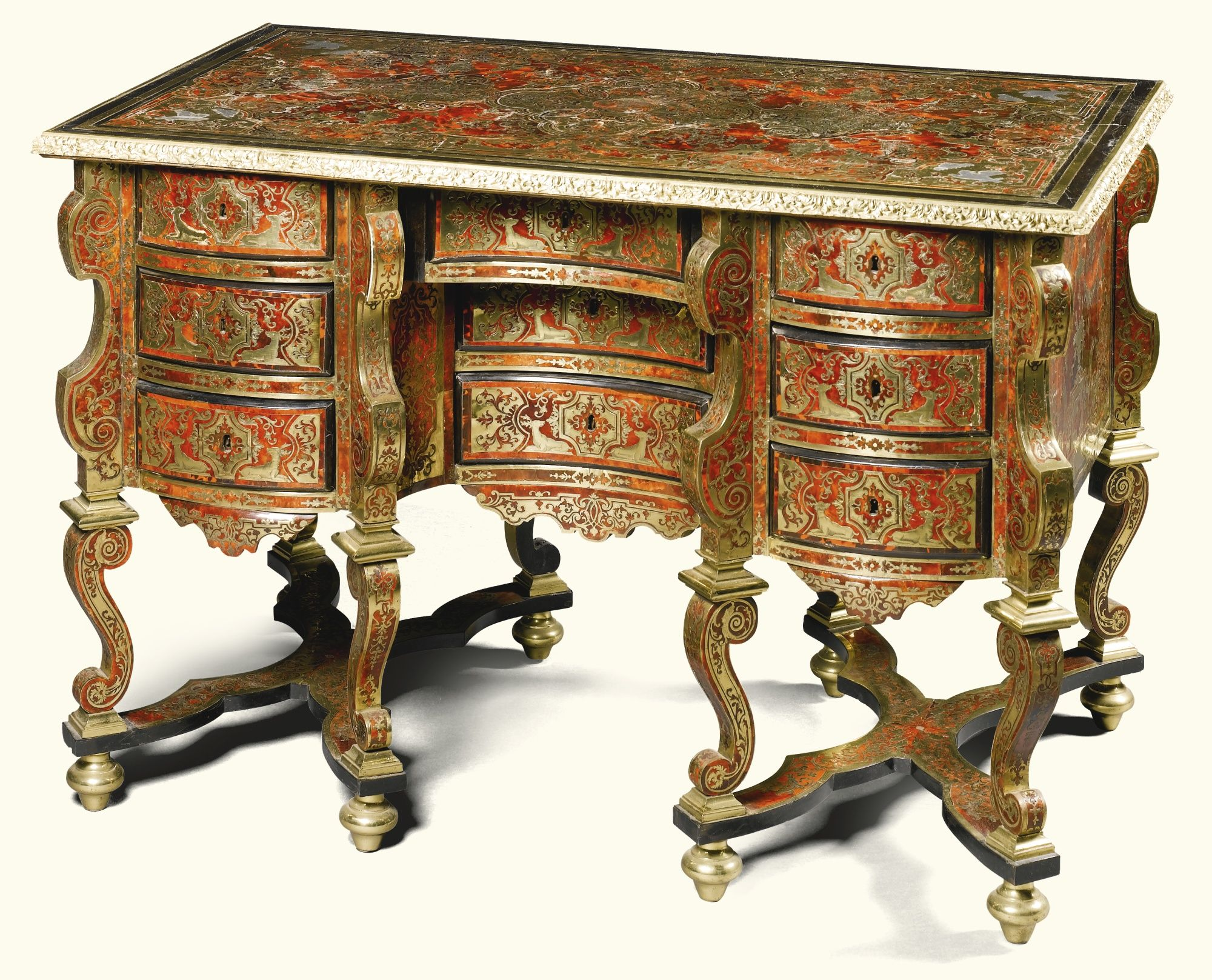 A tortoiseshell pewter and brass inlaid premi re partie for Bureau baroque