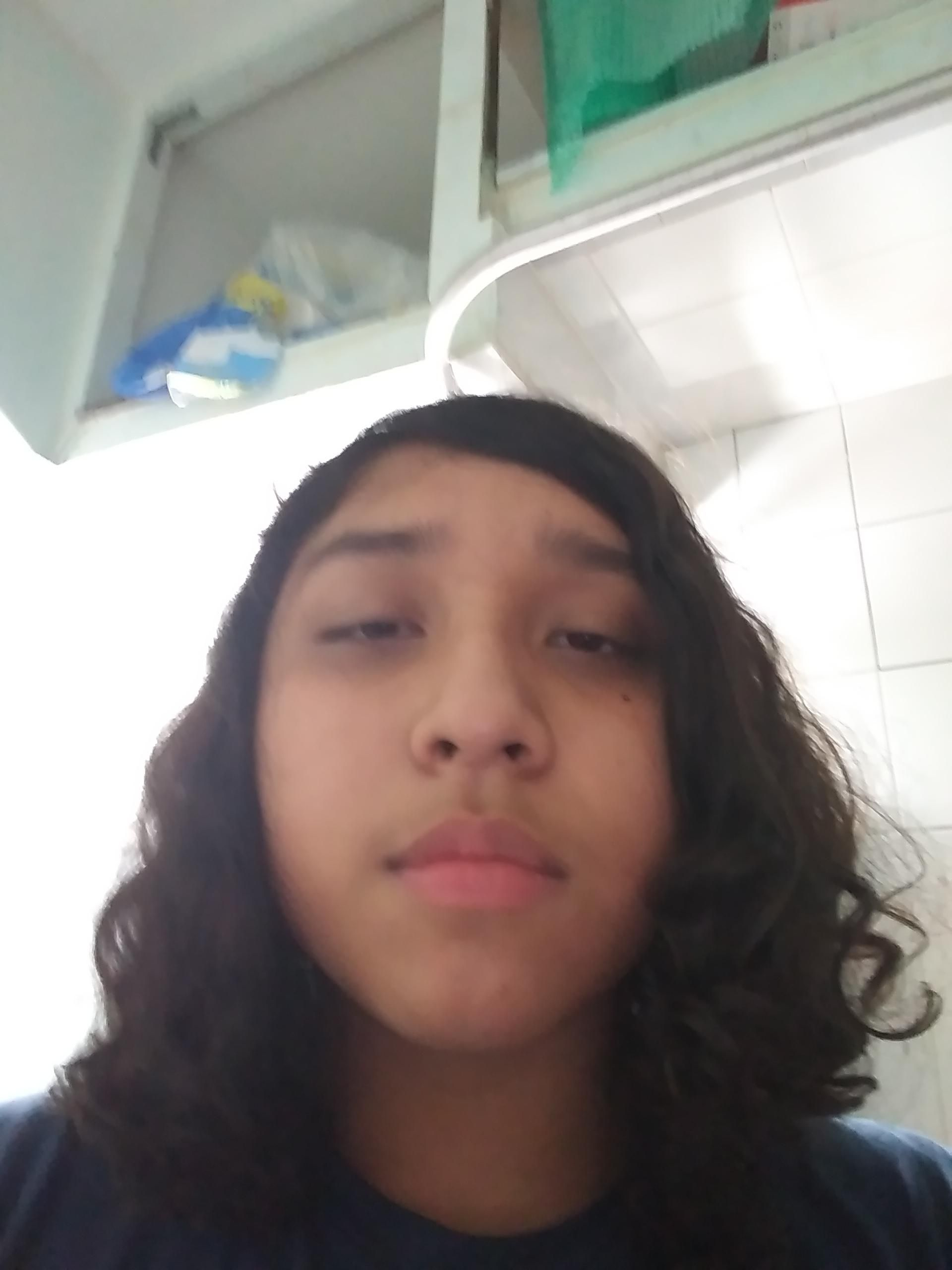 Last photo was scuffed.Whats the best hairstyle for my face shape I ...