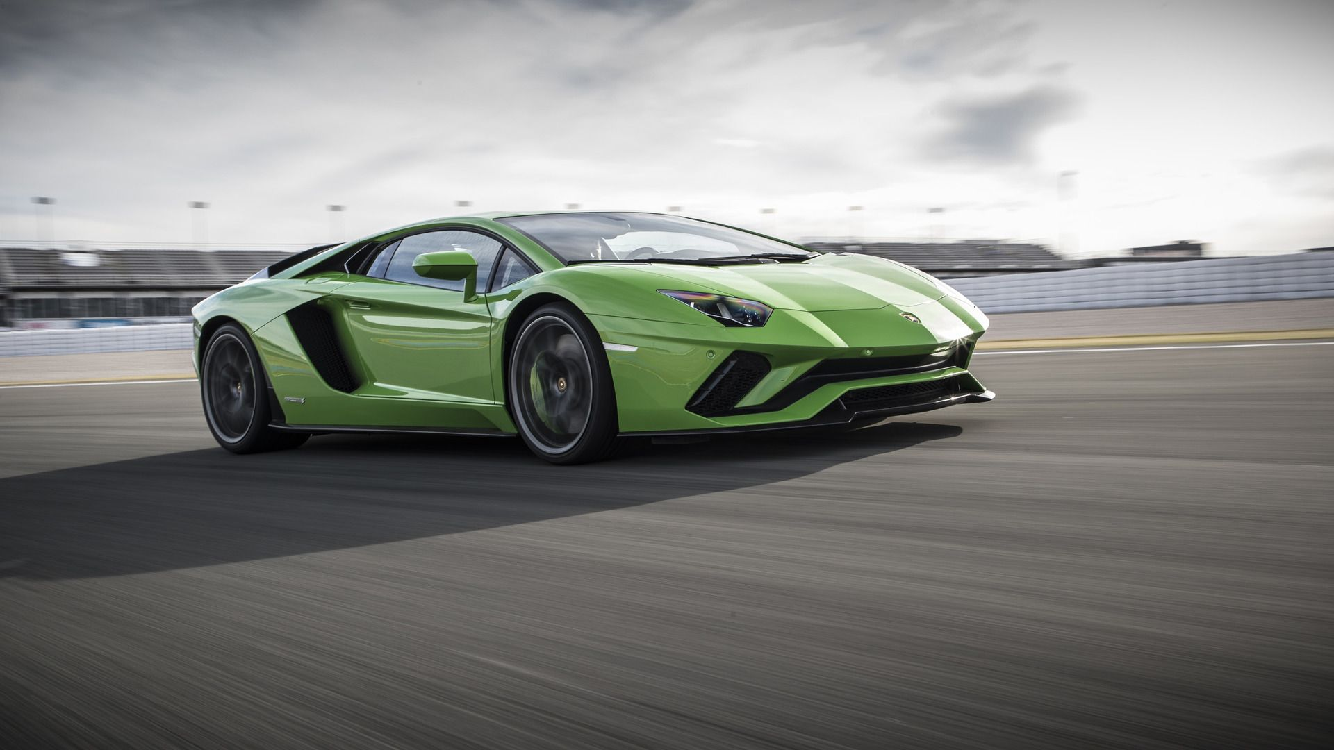 Exceptional Http://icdn 6.motor1.com/images/mgl/00222/s1/2017 Lamborghini Aventador S Coupe  | Lamborghini | Pinterest | Lamborghini And Cars