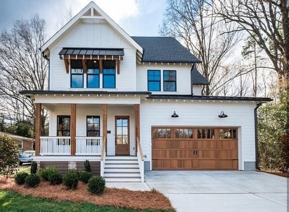 Modern Farmhouse Style On Point Love Just About Everything Going On Here Inspiration From Exteri Modern Farmhouse Exterior House Exterior Farmhouse Exterior