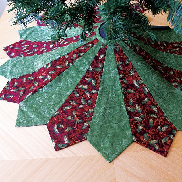 12 days of christmas sewing day 1an easy tree skirt - Christmas Tree Skirts To Make