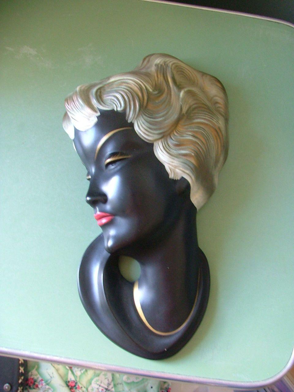 http://www.ebay.de/itm/Wandmaske-Goebel-1957-Schaubach-Hummelwerke-Mai-622-MINT-/231528221330?pt=LH_DefaultDomain_77