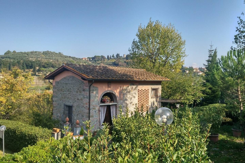 Hayloft in historical Villa of 1300 Villas for Rent in