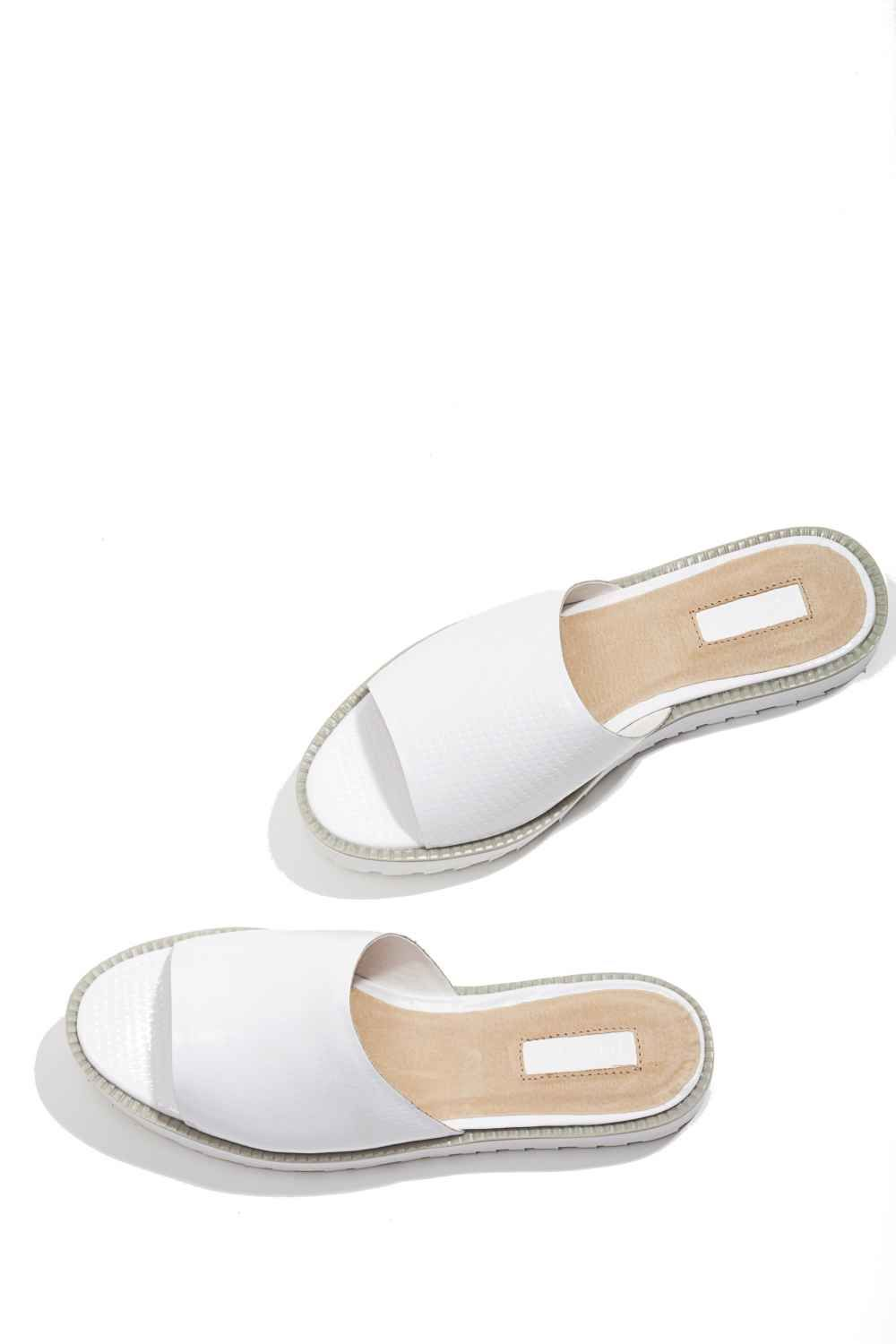 4c07a5ddf70c Minimalist Preference Sandal in Silver in 6.5