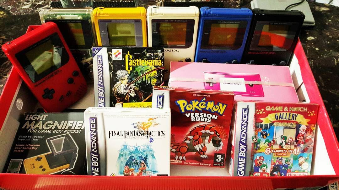 Interesting one by santaretrogaming #gameboy #microhobbit (o) http://ift.tt/1UcRgTB famille Gameboy s'agrandit    #retrogaming #jeuxvideo #santaretrogaming #videogames #videgrenier #unboxing #bonnesaffaires #gameplay #letsplay #twitch #collectionneur #collectionjeuxvideo #jeuxretro
