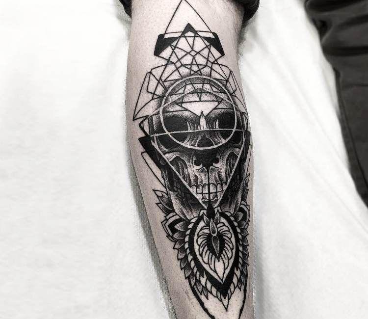 Dotwork Skull tattoo by Otheser Tattoo | Best tattoos ...