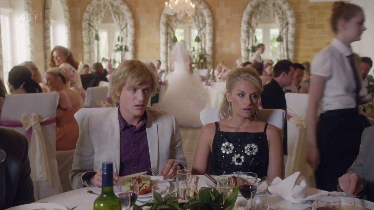 Johnny Flynn and Jessica Ellerby in Lovesick Season 2 | TV