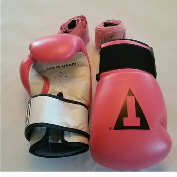"""Lucky Pink gloves They won 2nd & 3rd place on they're first MMA fight everyone kept yelling """"come on pink gloves"""" Accessories Gloves & Mittens"""