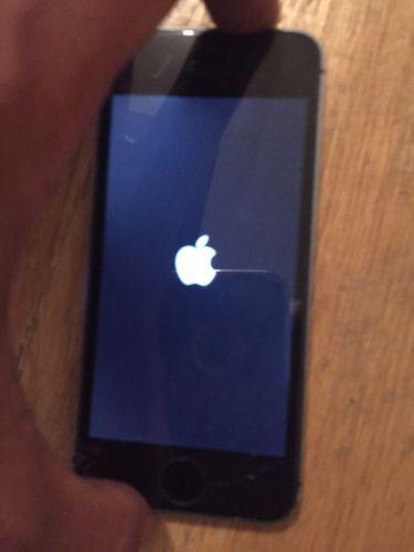 Apple iPhone 5s - 64GB - Black Space Gray (Factory Unlocked) Smartphone https://t.co/cGzPc4uJXF https://t.co/vPDHV7bal1