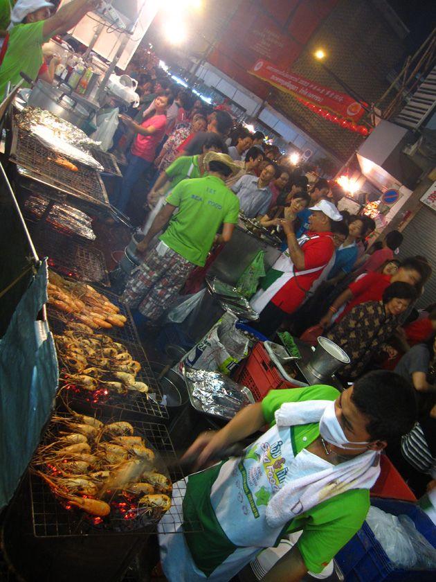 T K Seafood Restaurant Yaowarat Chinatown Bangkok Thailand