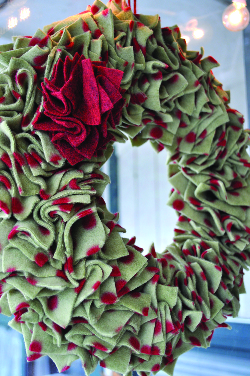 Fleece wreath wreath crafts pinterest wreaths craft and holidays