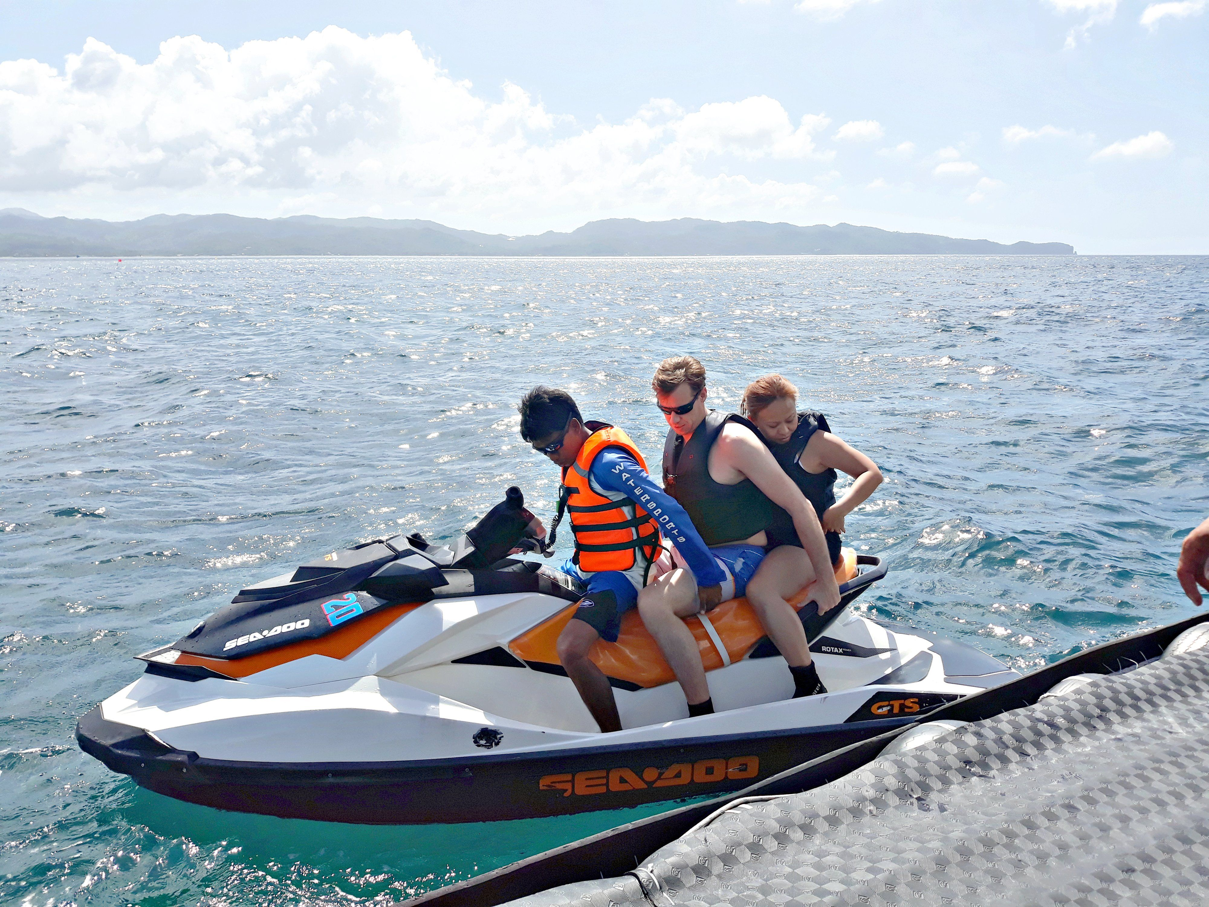 From Jenny After Their Helmetdiving Frans And Emily Got Their Adrenaline Pumping On An Exciting Jetski Ride It Was A Jet Ski Jet Ski Rentals Water Sports
