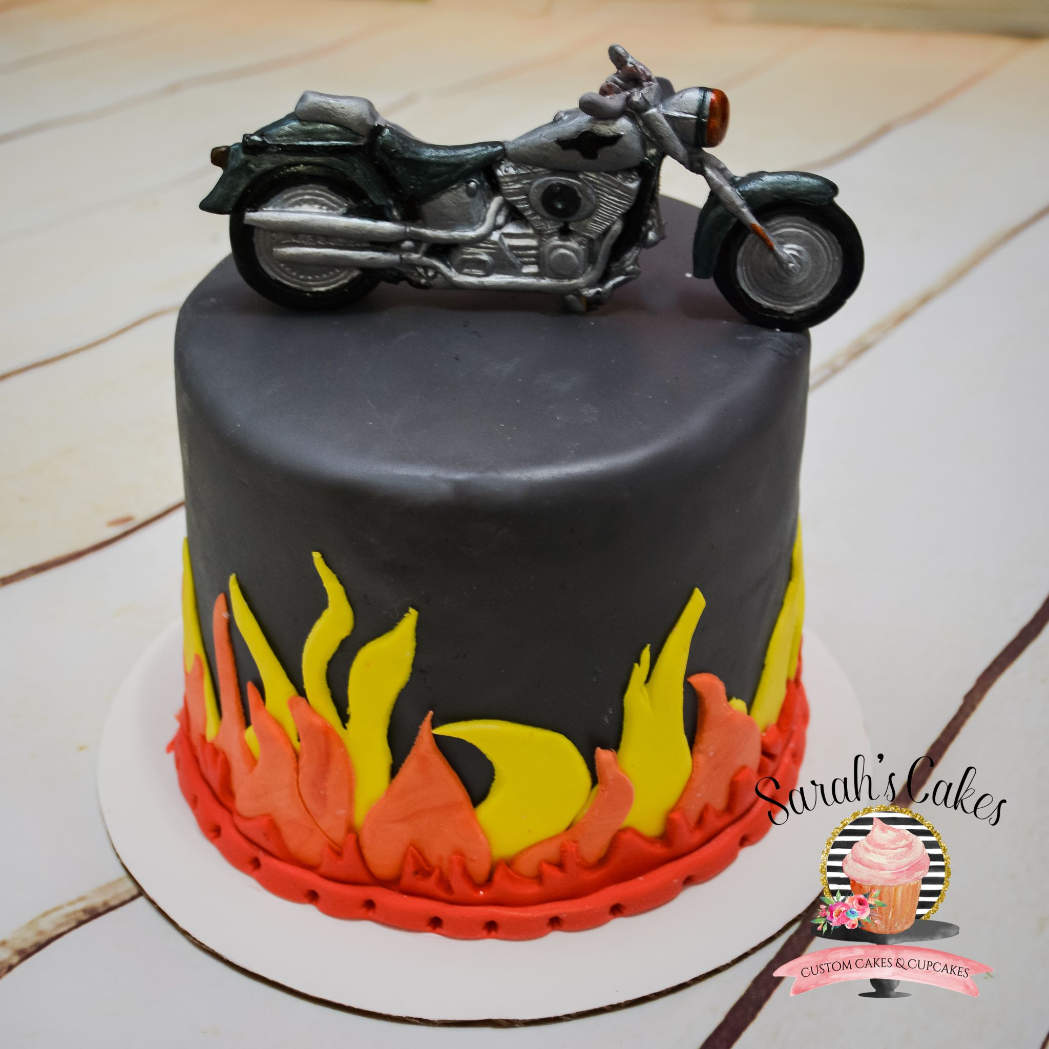 Awesome Motorcycle Birthday Cake Motorcycle Cakes Fondant Cake Funny Birthday Cards Online Alyptdamsfinfo