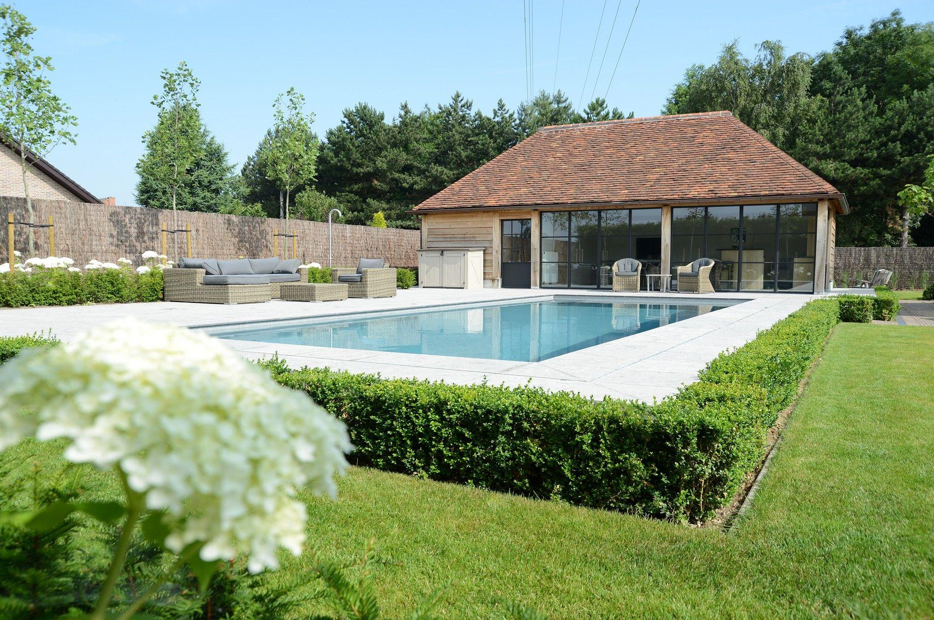 Zwembad Waregem met tuinzicht Zwembaden, Zwembad huizen