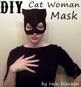 Free catwoman mask pattern and tutorial for your next Catwoman costume. Meow!