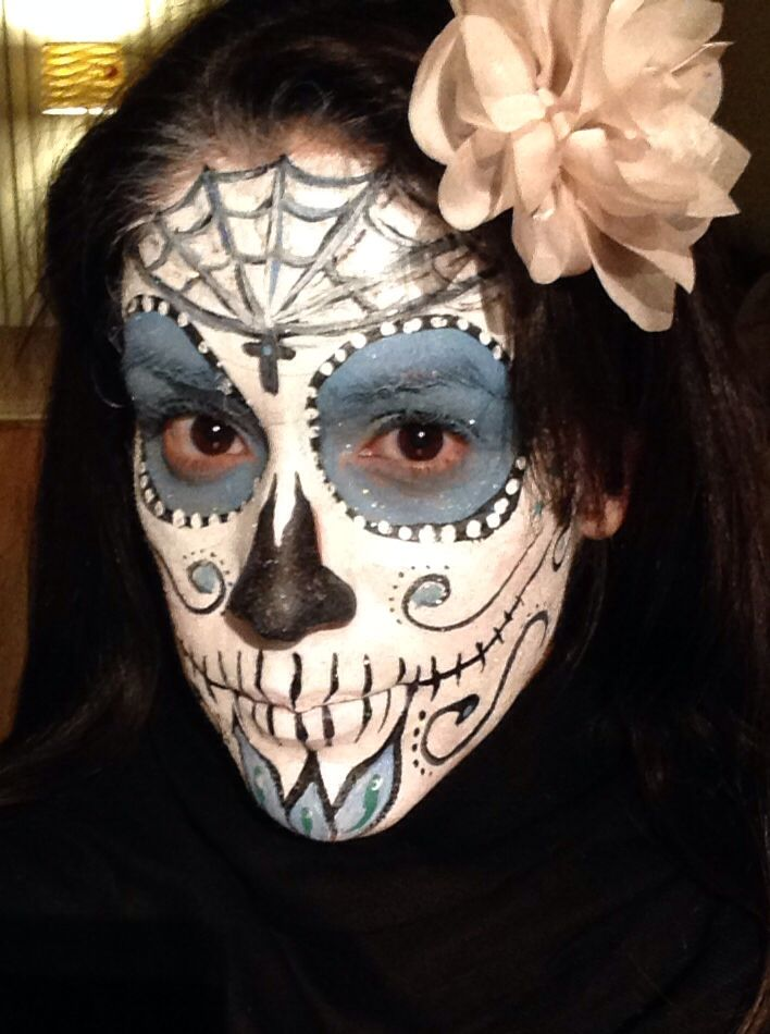 Day Of The Dead Face Paint Female Inspirational Faces Day Of The