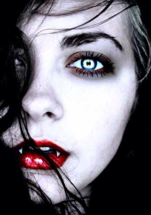 Vampire eyes ojos Pinterest Vampiros, Caras y Asas