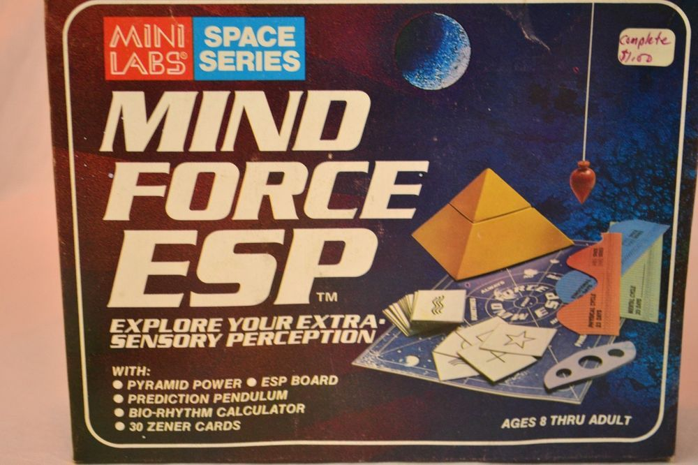 Vintage  Mind Force ESP Game Mini Labs Space Series Never Used Unpunched Cards