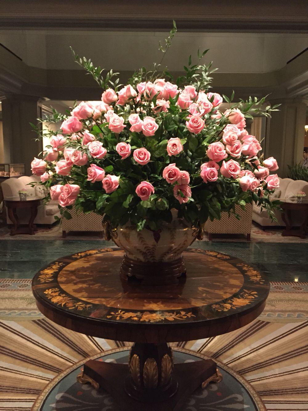 Windsor court hotel new orleans pink roses flower power windsor court hotel new orleans pink roses large floral arrangements ikebana flower arrangement izmirmasajfo
