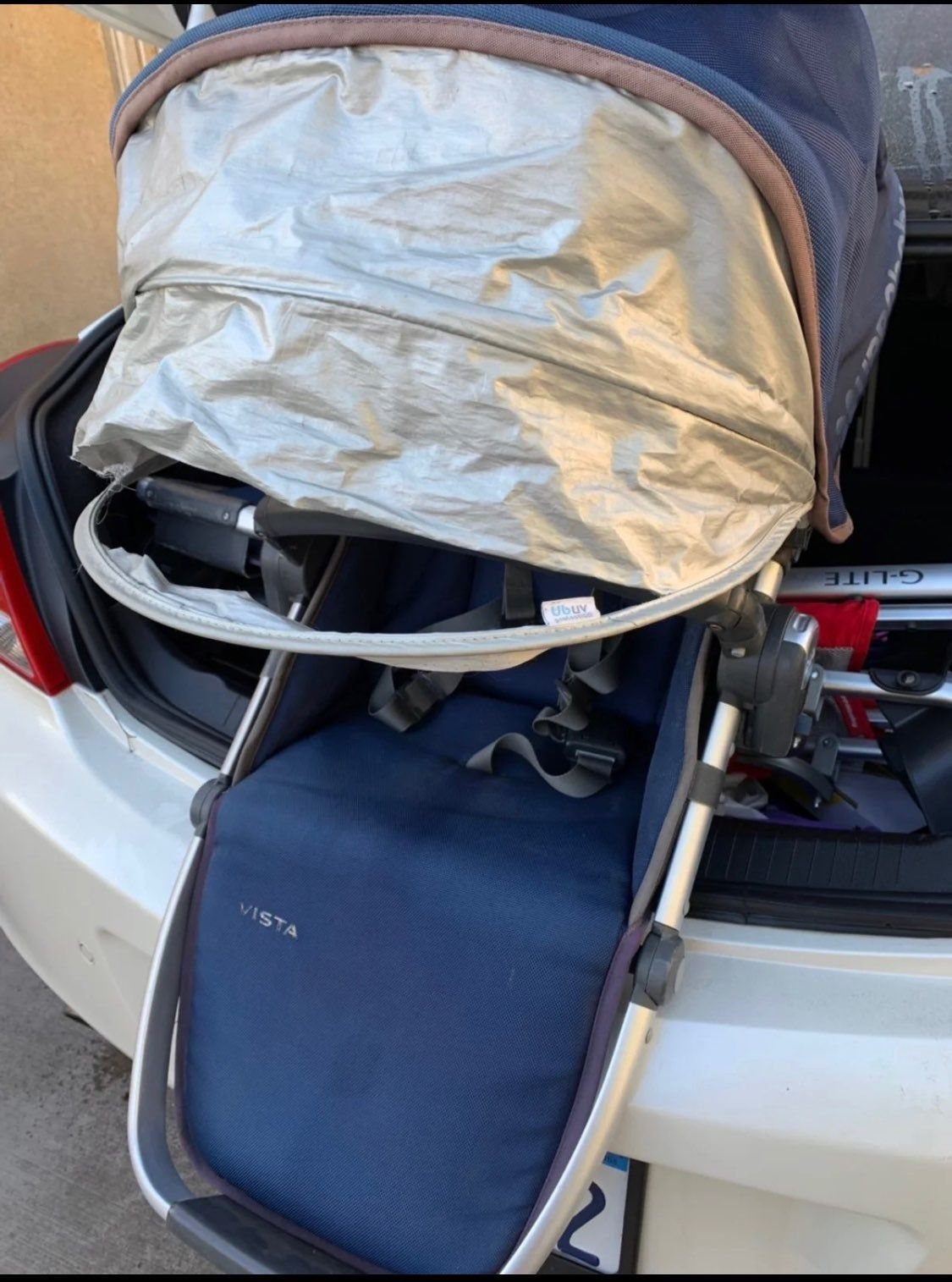 2015 uppababy vista main seat frame is in good conditions