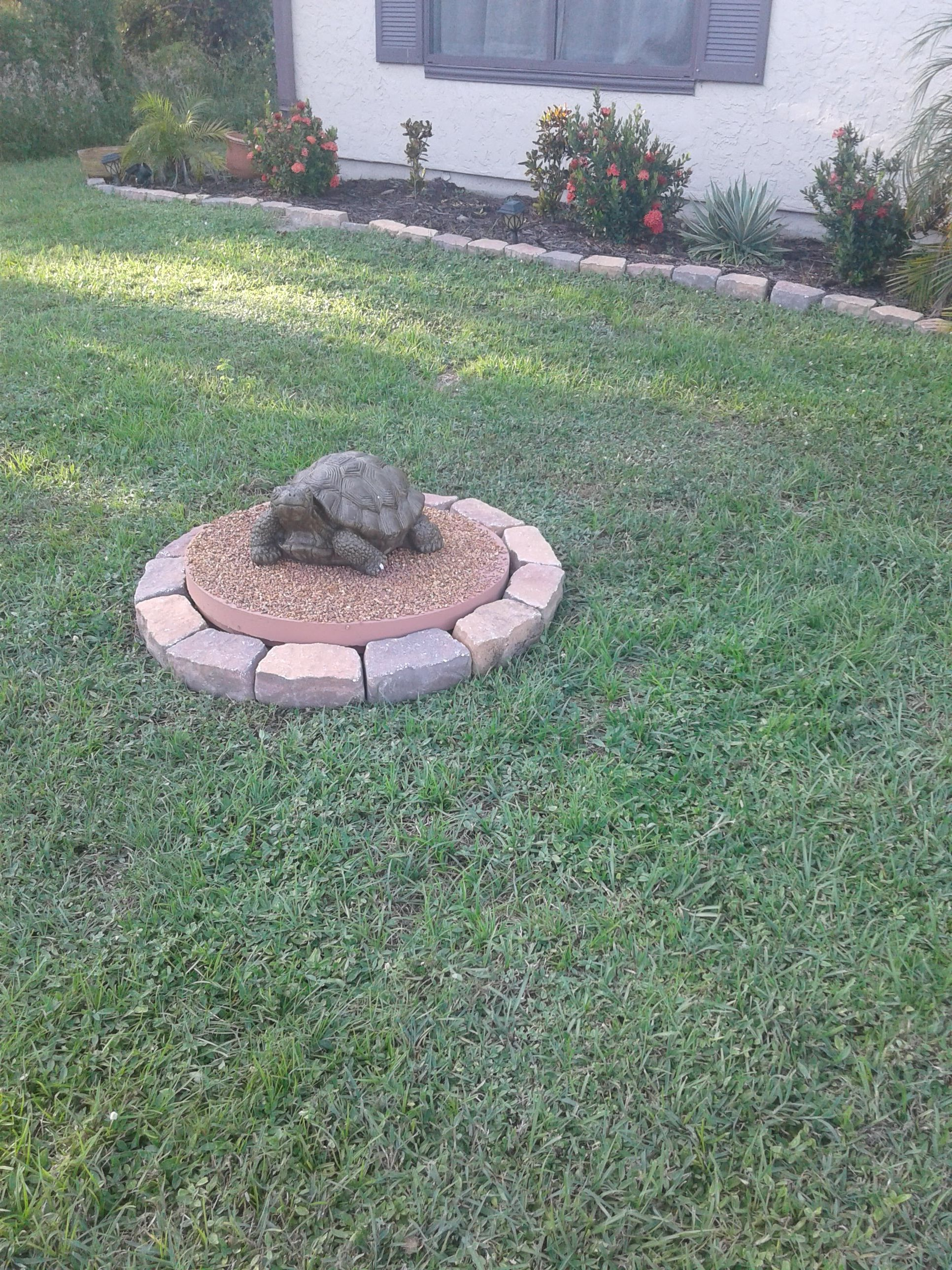Creative Ways To Hide Septic Tank Cover Septic Tank Covers Septic Tank Landscaping With Rocks