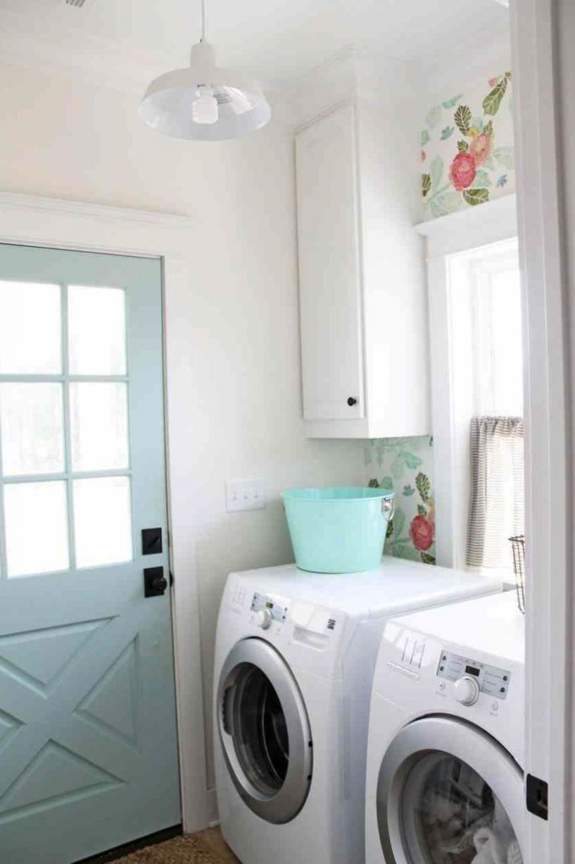 S Modern Farmhouse Laundry Room Lighting Reveal S Best Layouts