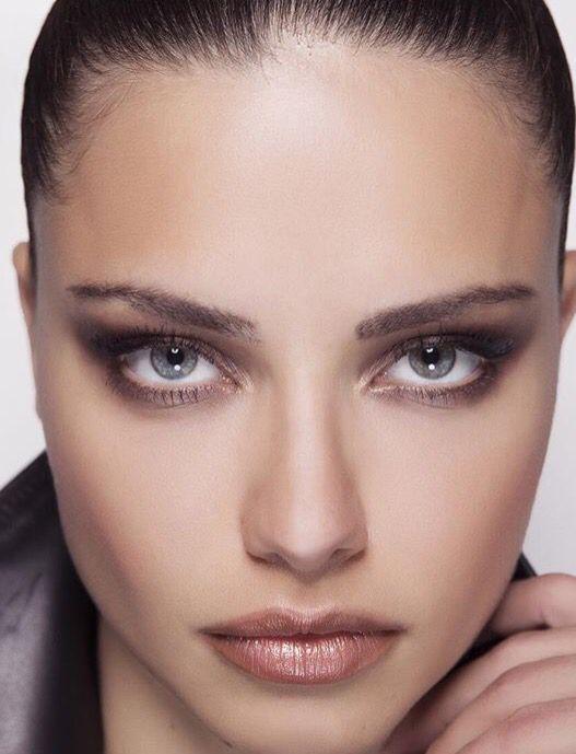 Adriana Lima   Supermodel\'s make   Pinterest   Adriana lima, Lima ...