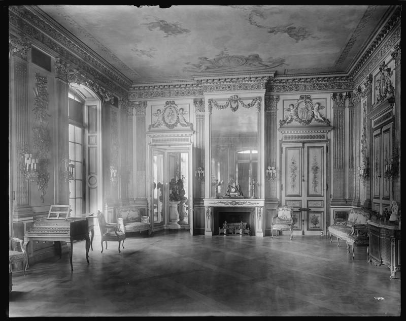 Beyond the Gilded Age: Some interiors to the William Andrews Clark residence designed by Lord, Hewlett & Hull and Kenneth Murchison c. 1905 at 952 Fifth Avenue at East 77th Street in New York City.