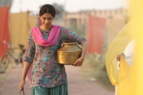 Image result for sonam kapoor bhaag milkha bhaag