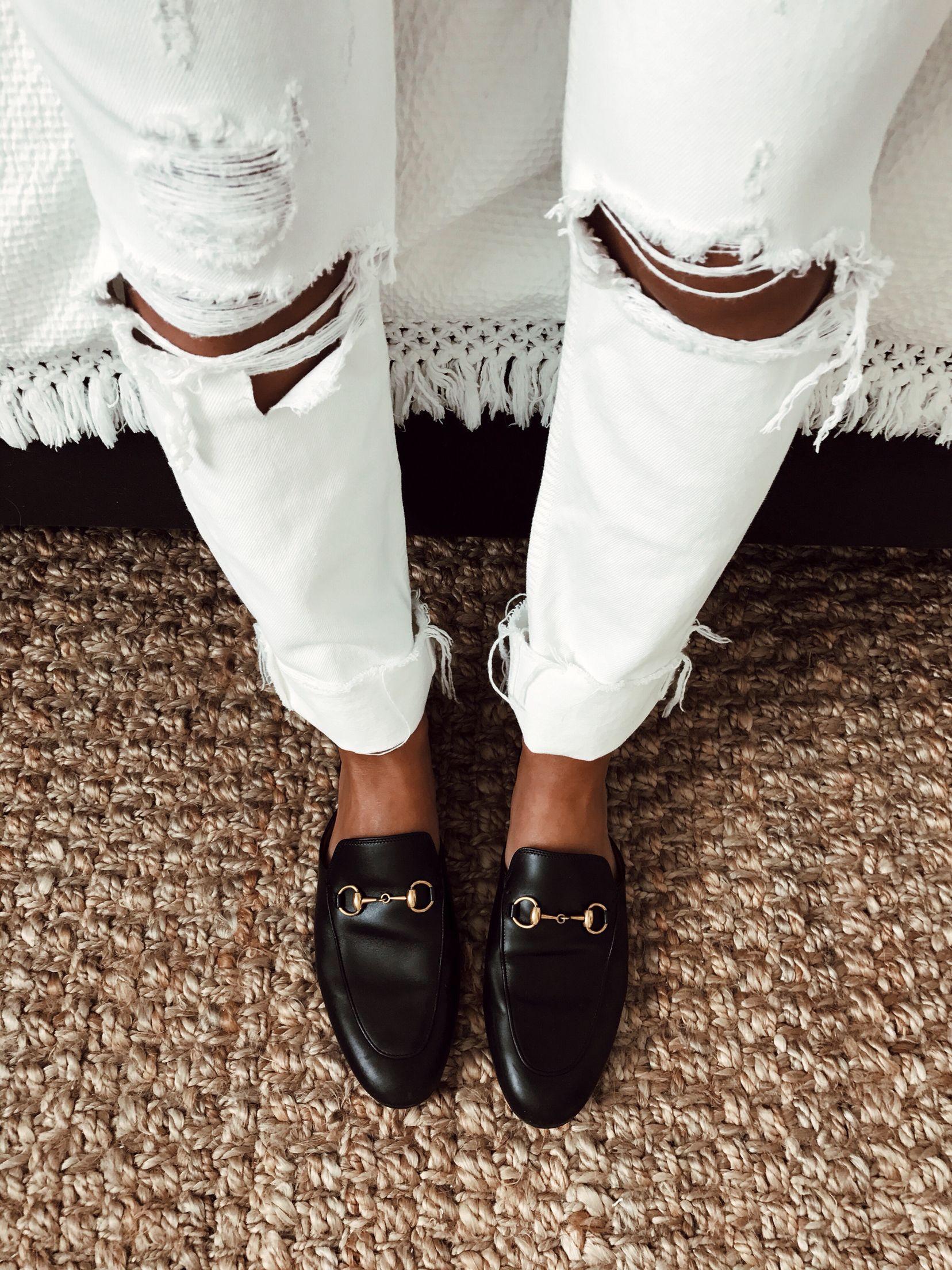 Gucci slides | Gucci, Stylish shoes