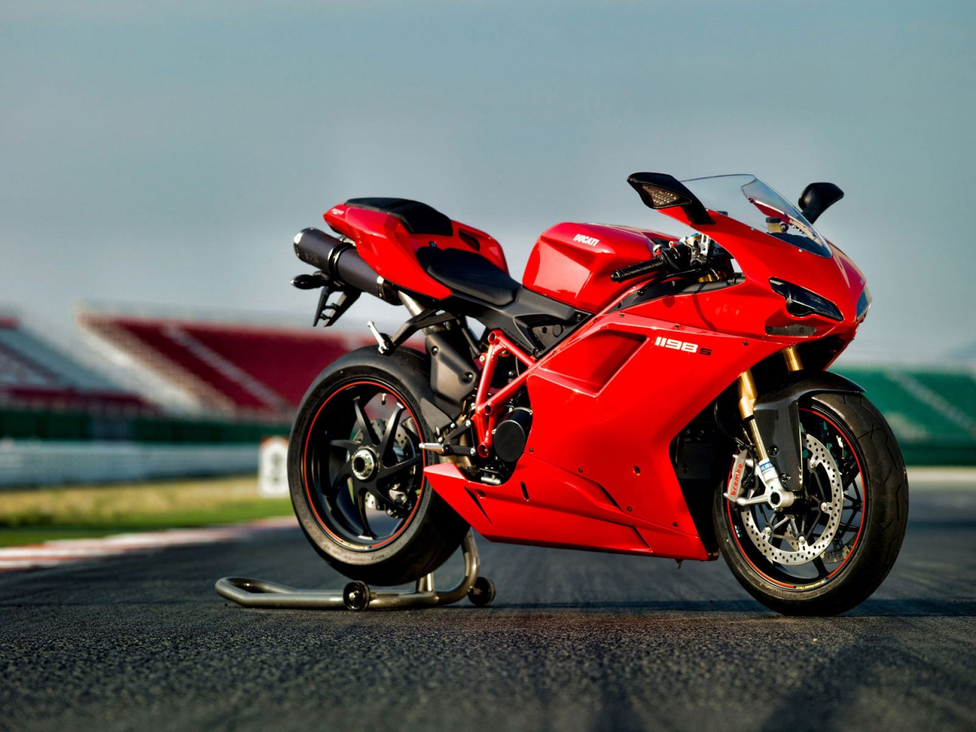 Ducati Wallpaper Collection 1600×1068 Ducati hd wallpaper ...