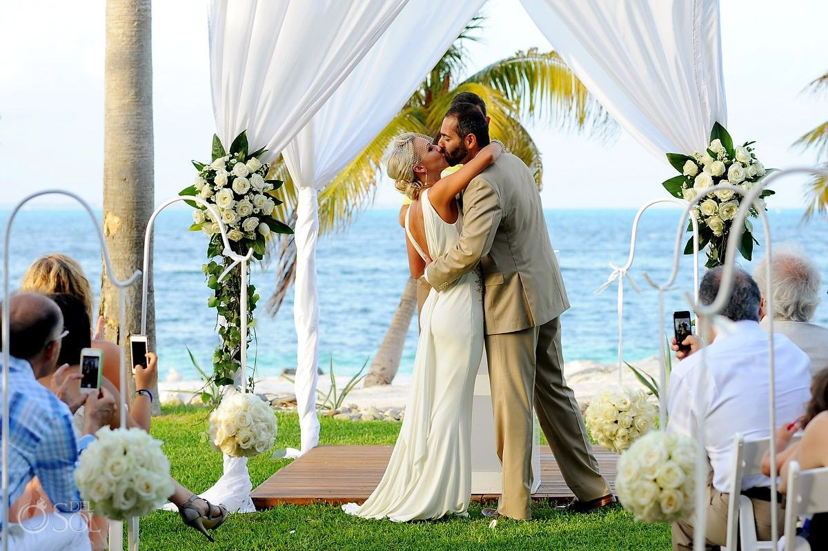 Cancun Beach Wedding Riu Palace Peninsula You May Kiss The Bride Destination Mexico Hotels