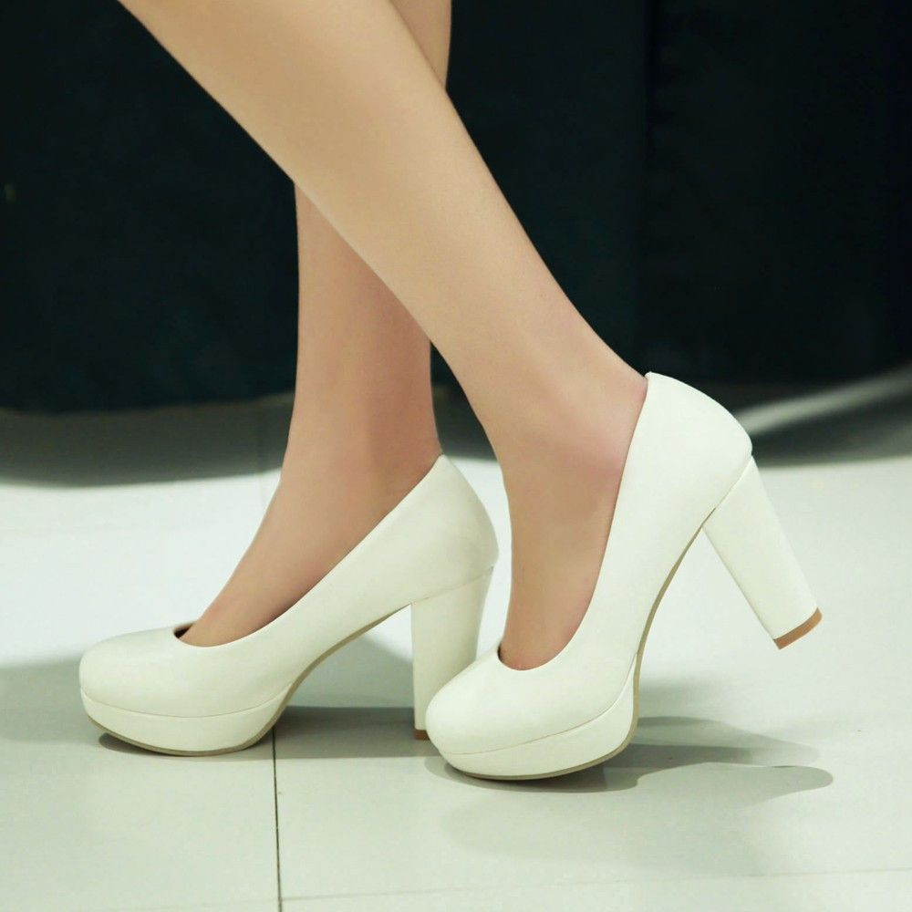 c9091e00f43 Heels: approx 9 cm Platform: approx 2.5 cm Color: black, white, pink ...