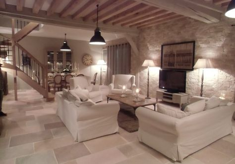 LE SALON / SALLE A MANGER Salons, Living rooms and Country farmhouse
