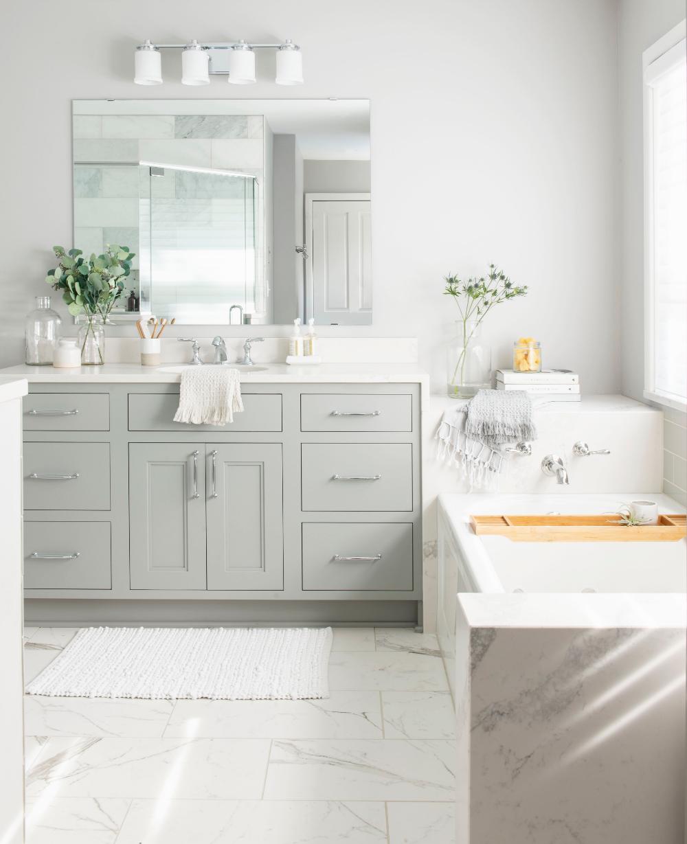 Crystal Choice Keyline Encore Bathroom Melissa Bovee Brillo Home