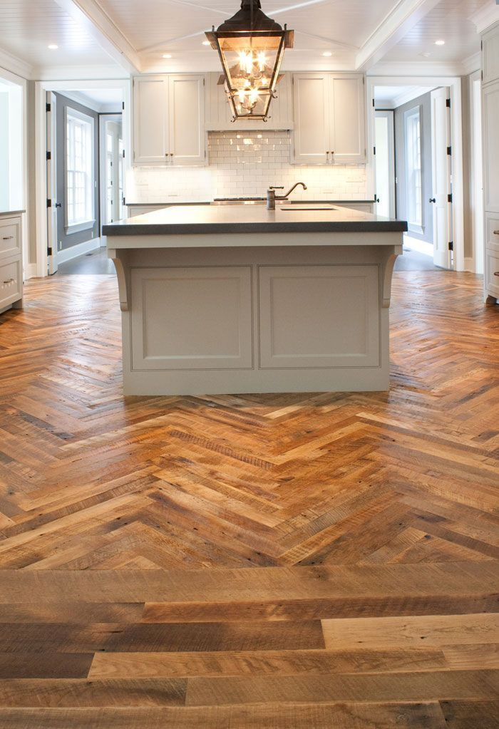 Antique Oak Flooring For Modern House With Lighting