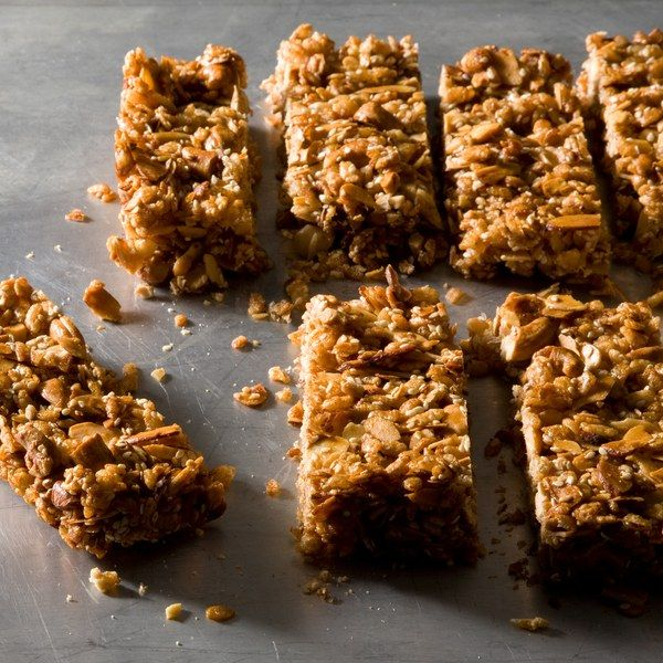 Chewy Nut and Cereal Bars | Rezept | Baking | Pinterest