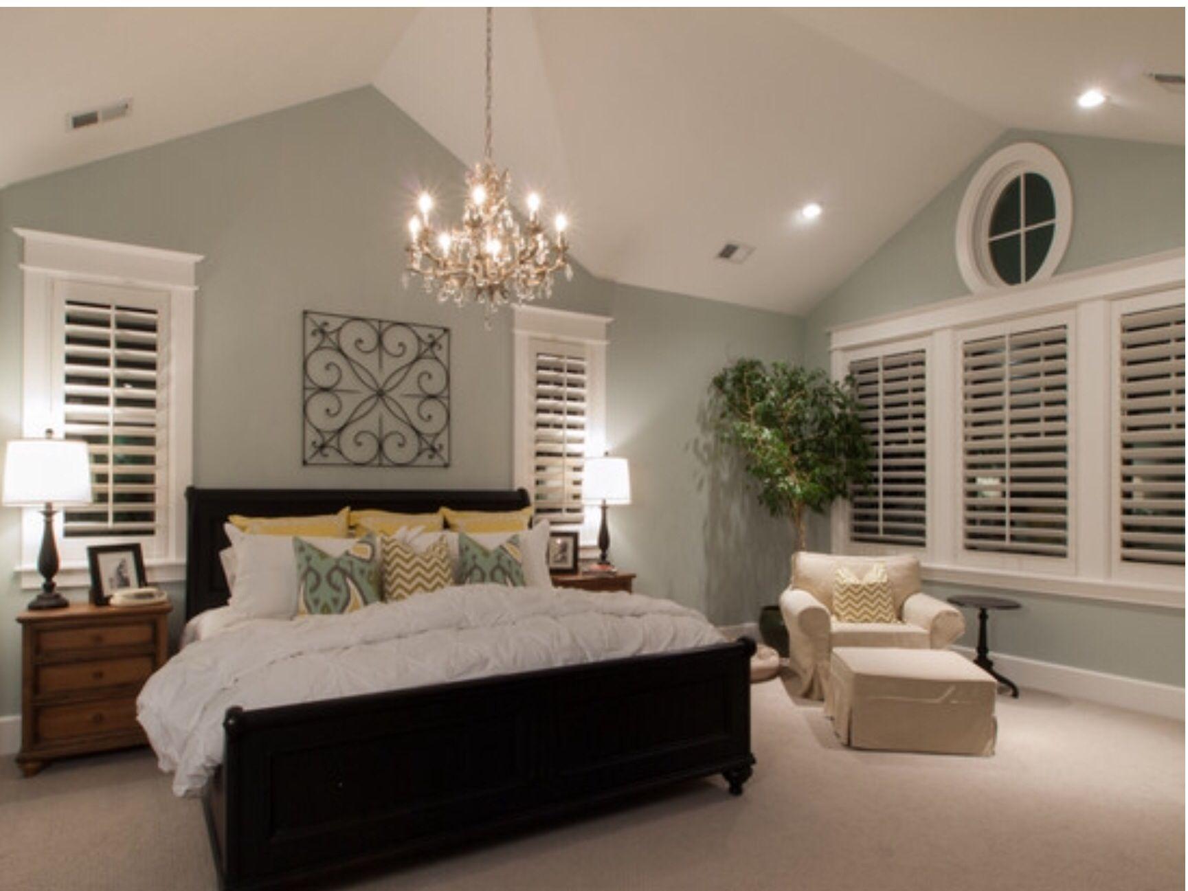 Simple Elegance Bedroom Retreatdream Bedroombedroom Beachpretty Bedroomplantation Shutterplantation Decorbedroom Designsbedroom