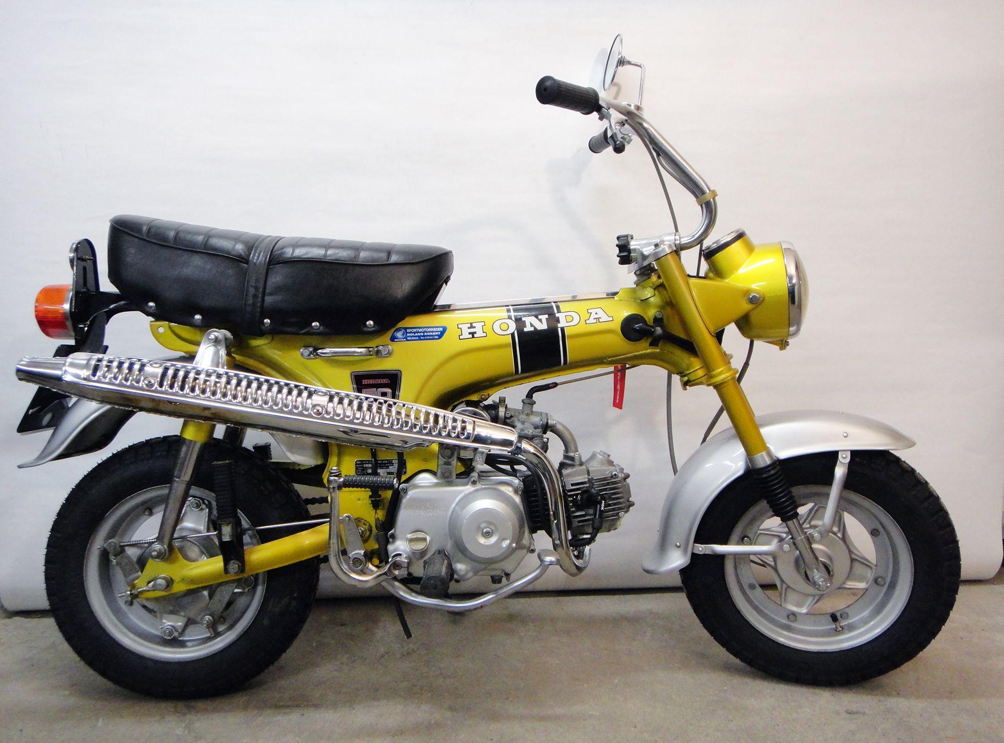 honda dax st 50 g im erstlack candy yellow special zu verkaufen 2 wheels pinterest. Black Bedroom Furniture Sets. Home Design Ideas