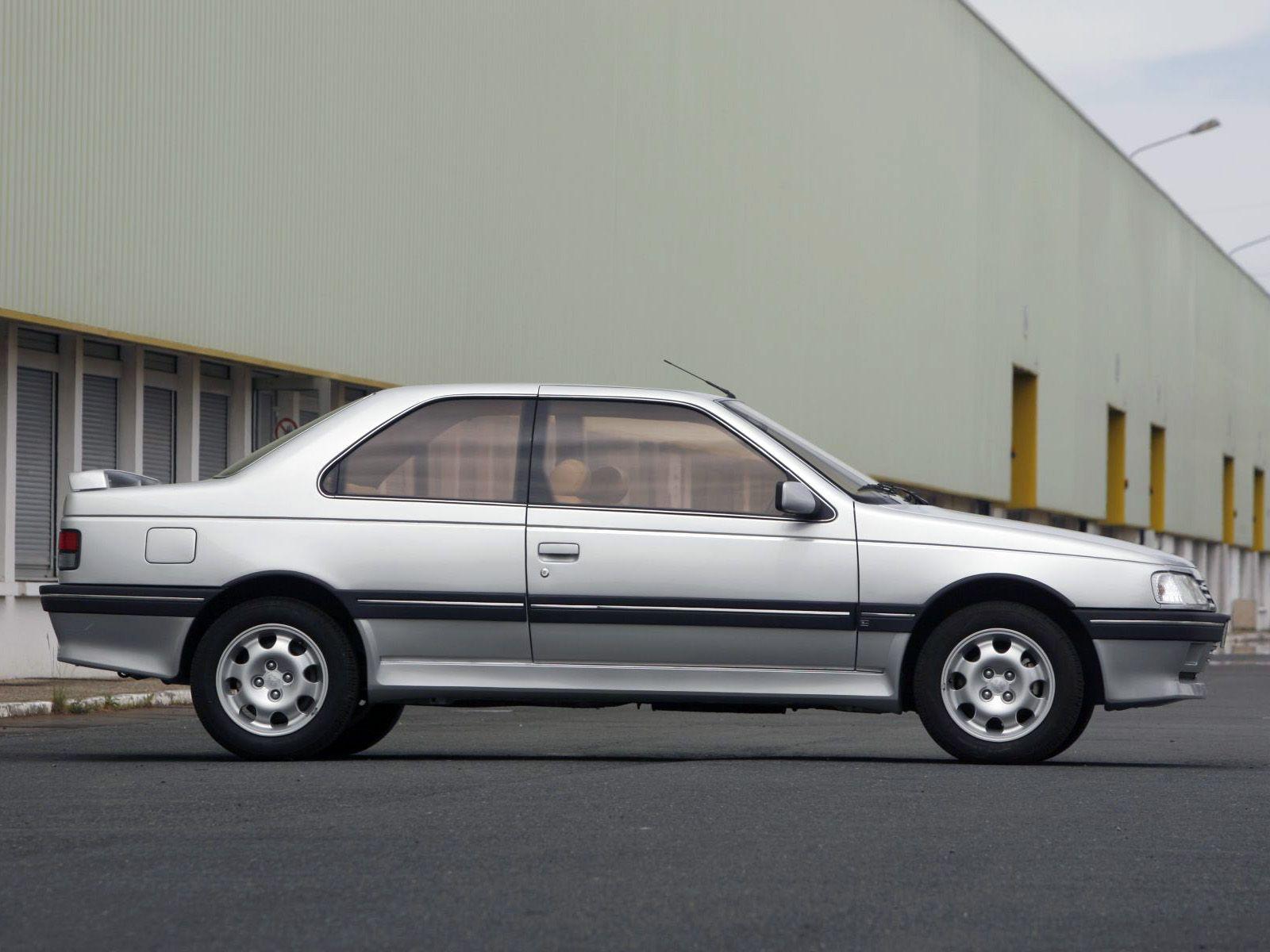 1988_Peugeot_405_coupé_concept_by_Heuliez_