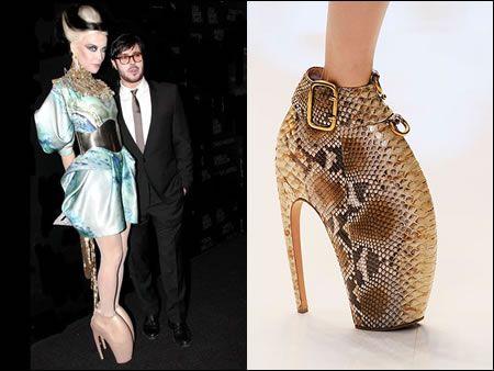 Alexander McQueen Armadillo Shoes  804117035cc