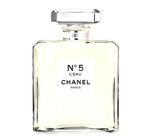 Le grand format du parfum mythique Chanel N°5