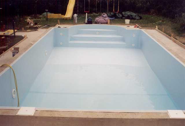 Hervorragend Epoxy binnenzwembad type D-line uit het gamma van Rivierapool  TW55
