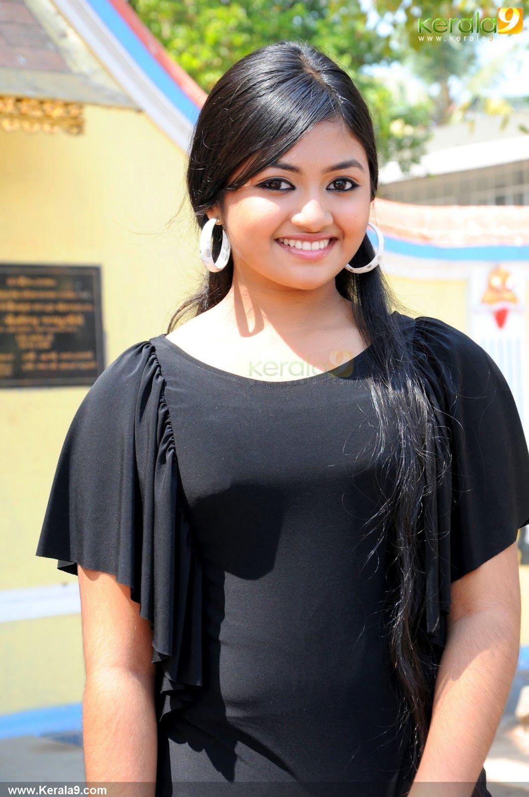 shalin zoya latest stills | mollywood | pinterest | india people