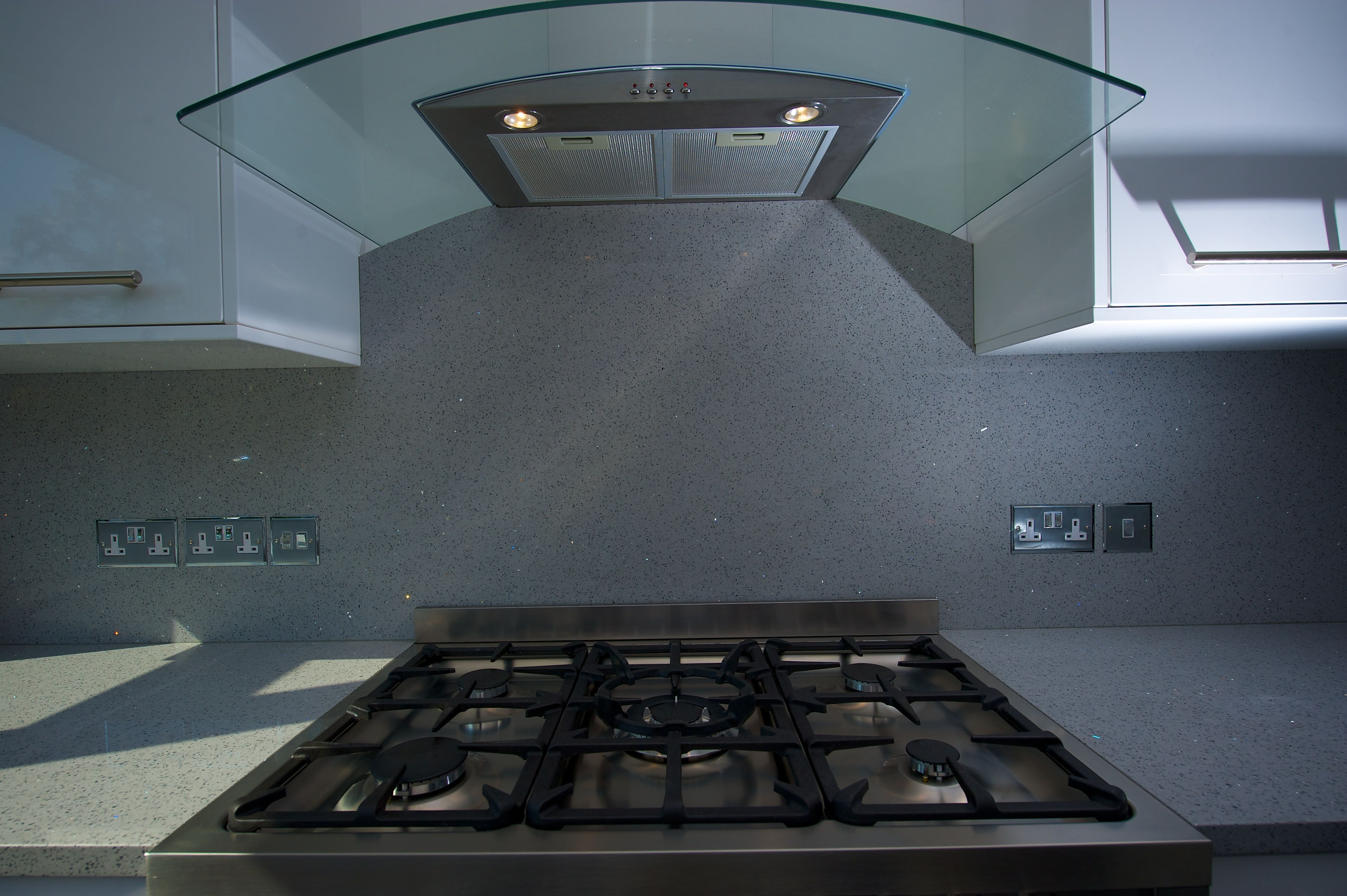 Silestone Chrome Worktops And Splashback By The Marble Store This Stunning Grey Sparkly Quartz By Silestone Has Ba Kitchen Worktops Uk Kitchen Worktop Kitchen