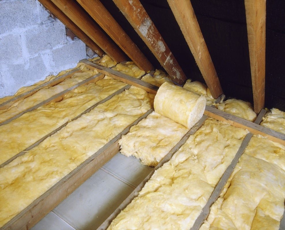 Are You Looking For An Experienced And Reliable Insulation Contractor In Los Angeles Well Attic Guru W In 2020 With Images Roof Insulation Loft Insulation Installing Insulation