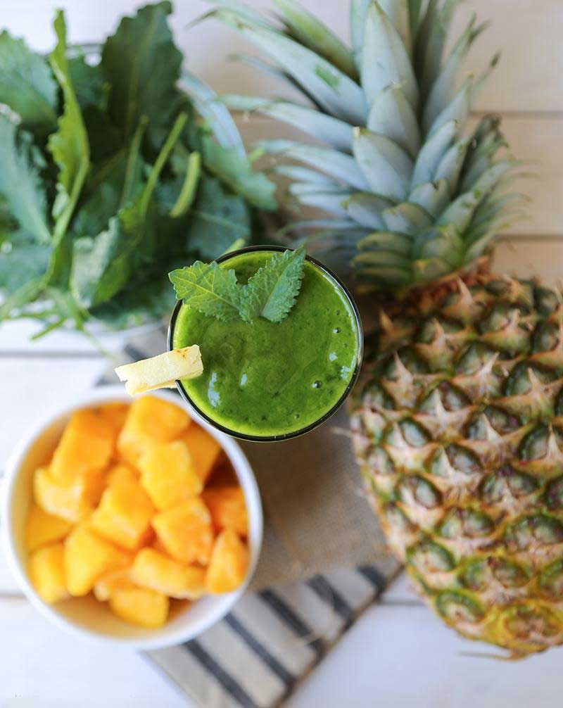 Time to get your daily summer smoothie routine cranked up as summer is almost here and developing a healthy smoothie habit is one sure way to feel fantastic and ready for the frivolous season.