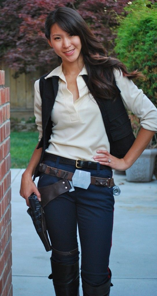 b2609e90 Female Han Solo Cosplay: a good one from The Stylish Geek | BAMF ...